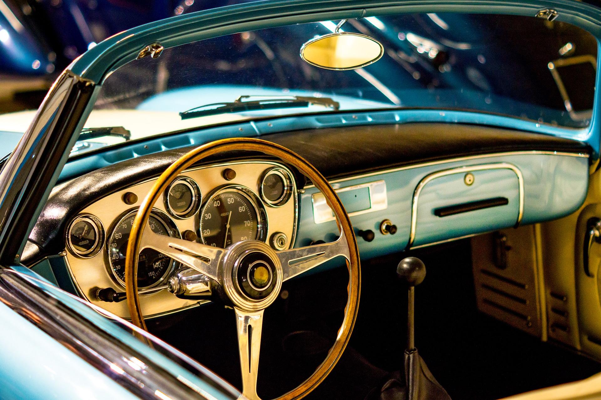 Jak zarejestrować samochód z zagranicy? Czy warto zlecić to zadanie firmie?